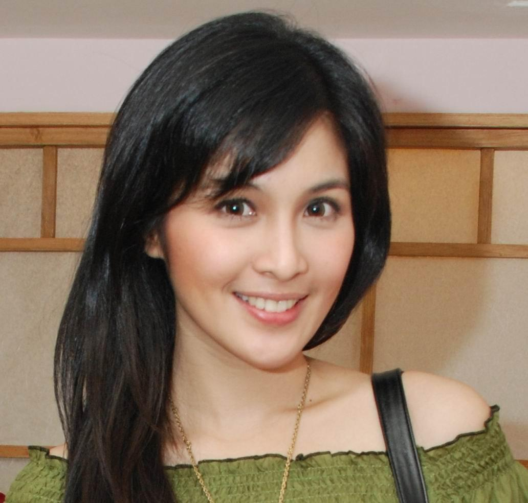 >Sandra Dewi Indonesian actress model from Jakarta