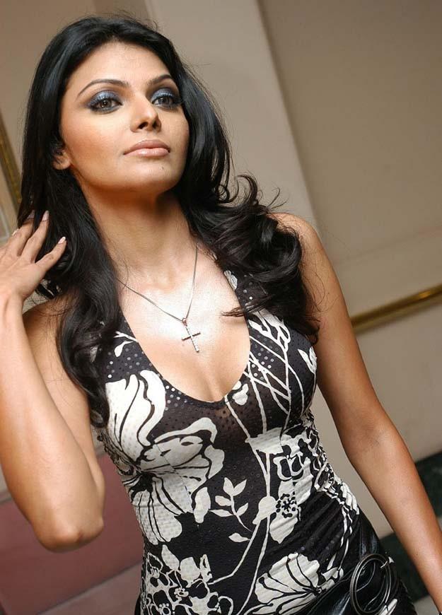 Sherlyn Chopra-5286
