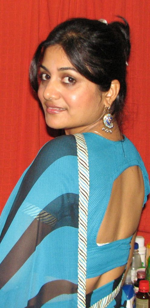 Category Archives: Marvelous Indian mallu Aunties and tamil Photos