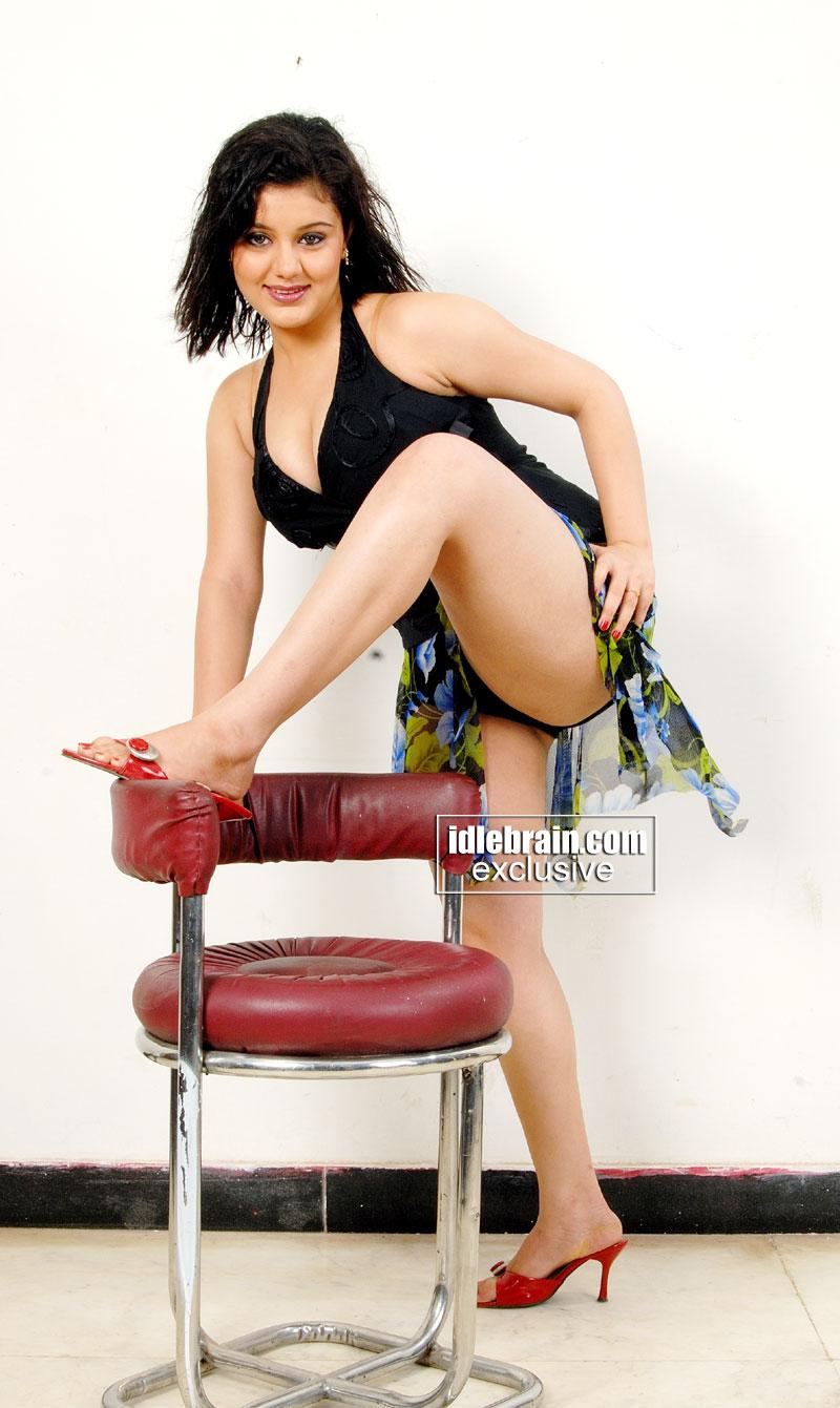 Hot Model Sakshi Photoshoot