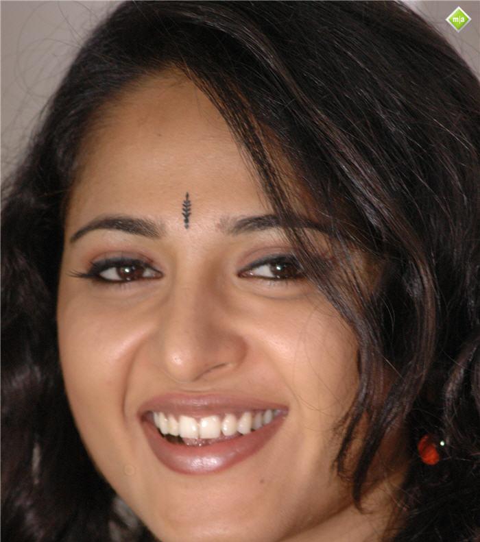 Images of Anushka Shettys Hot Boob Press South Indian Actresses Zimbio ...